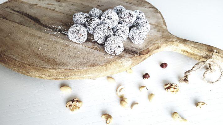 Dadelballetjes kokos